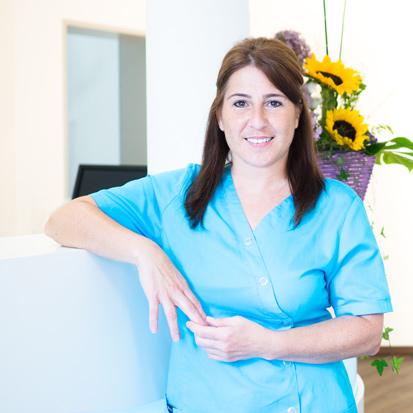 Ayse Napiwotzk Zahnmedizinische Fachangestellte